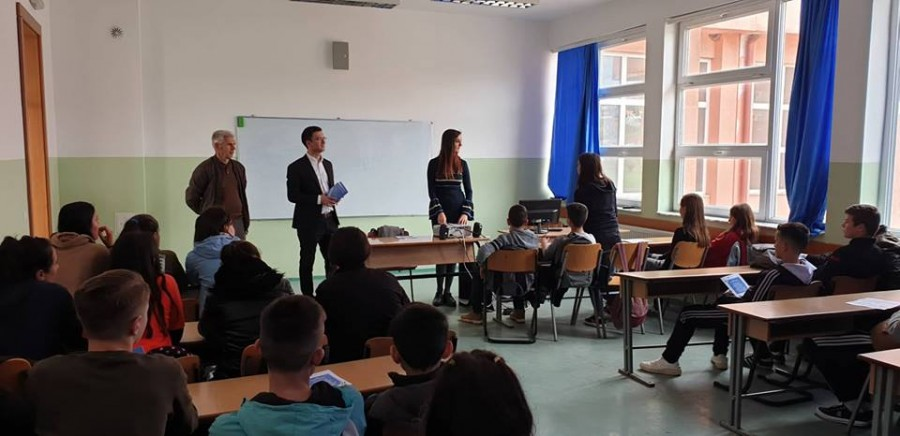 TLP AA promoting the Constitution of the Republic of Kosovo